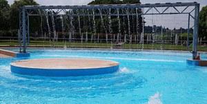 Leggermente frizzanti - Consigli di lettura a bordo piscina